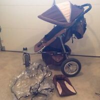 Valco Runabout Tri Mode Ex Stroller with Valco Viva Bassinet