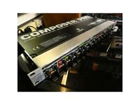 Composer Pro MDX2200
