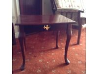 Selection of lamp tables
