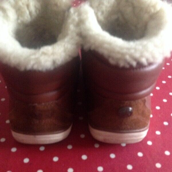 9226e2f3163 Fitflop Boots