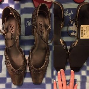 Lot of clothing 5 pairs of shoes, shirt and bra NEW