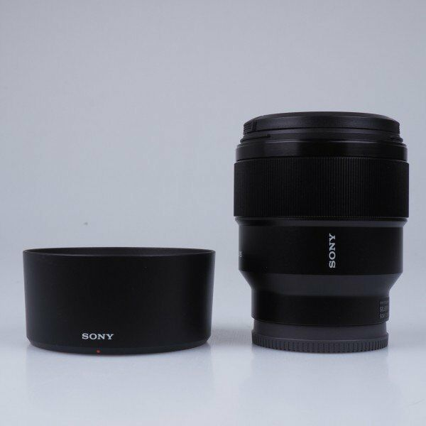 Sony Vario-Tessar T* E 16-70mm f/4 ZA OSS Zoom Lens for Select Sony Cameras Black SEL1670Z