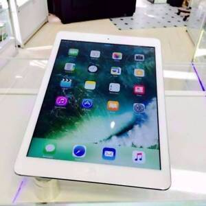 EXCELLENT CONDITION IPAD AIR 1 WI-FI/CELL 32GB SILVER TAX INVOICE Surfers Paradise Gold Coast City Preview