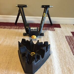 Road bike trainer