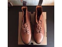 BRAND NEW NEVER WORN Dr Martens Hadley Boot in brown tan leather DM's