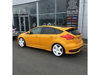 FORD FOCUS ST GENUINE SIDE SKIRTS PERFECT CONDITION 2015 MK3