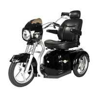 MAVERICK EXECUTIVE SCOOTER!  NO HST!! BEST NEW MOBILITY SCOOTER!
