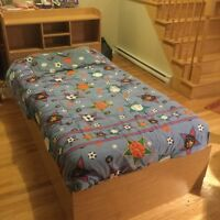 Captains Bed - Twin (w/ mattress and sheets)