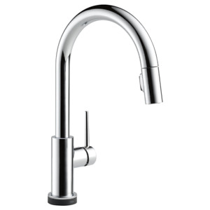 Delta pull down trinsic kitchen faucet w/ touch2Otechnology