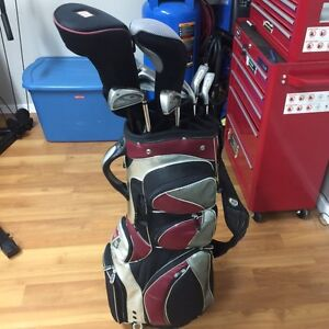 Men's right hand Wilson golf clubs