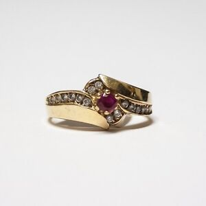 10k Gold Ring with Diamonds & Gemstone $150