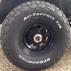 Brand new bfg k02 305/70/16 on soft 8, 16 x8 steel rims 6x5.5