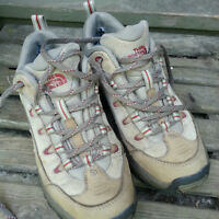 Womens NORTHFACE Hiking Shoes