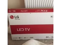 "**AS NEW "" NEVER USED LG LED 32"" TV - 12 months warranty - freeview, games,"