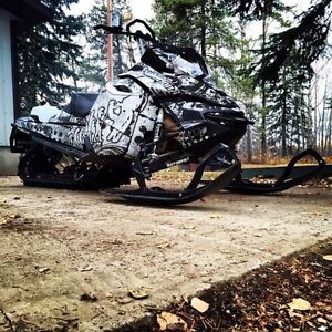 2014 Skidoo Summit XM 146