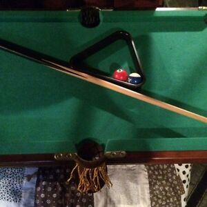 Sm pool table