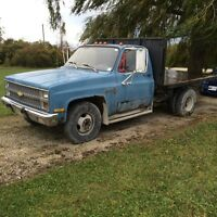 1982 c30 Chevy Dually