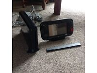 Nintendo wii u 32gb console with all leads etc