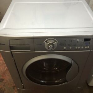 Laveuse Frontale FRIGIDAIRE Frontload Washer
