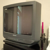 """21"""" Sony TV with remote control"""