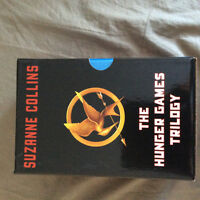 Hunger Games trilogy (3 books)