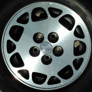 """MAXIMA ALLOY 15""""  - fits many others- is your car on the list???"""