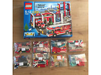 2 Lego city sets, 7208 and 7942