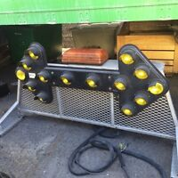 Signalization flèche yellow strobe light & Alumium back rack