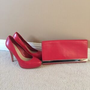 Red heels and purse Cambridge Kitchener Area image 1