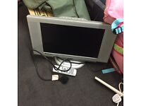 Small tv - TAKEN SUBJECT TO COLLECTION