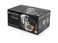 Brand new russel hobbs 4l pressure cooker, never used.