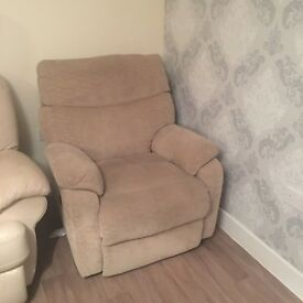 Electric reclining chair sofa FREE TO COLLECT