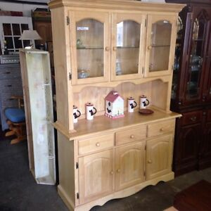 Solid Wood 2 Piece China Cabinet