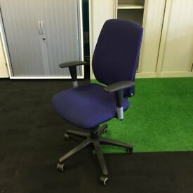 Operator Chair with Adjustable arms Indigo Fabric