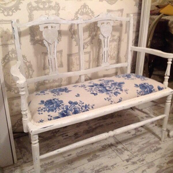 Shabby chic vintage bench