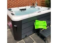 🌴 BRAND NEW PALM SPAS BELLINI LUXURY HOT TUB SPA 4-5 SEATS WITH GECKO CONTROLS FREE DELIVERY!