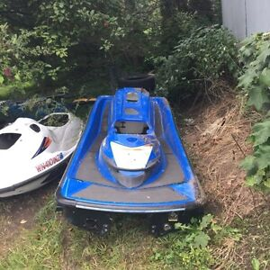 250x hull with sponsons and grab bar.  100$