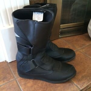Motorcycle boots - Like new