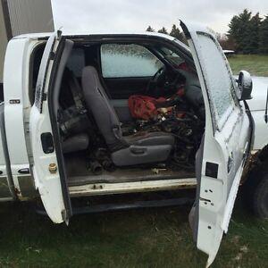 1998 Dodge Ram 24 valve parts truck Regina Regina Area image 8
