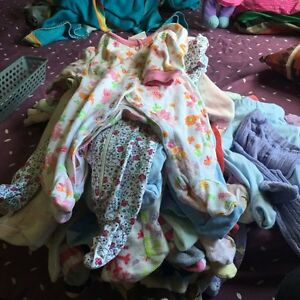 Baby girls cloths 0-3 $20over 160 items