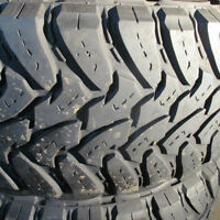 TOYO OPEN COUNTRY MUD TERRAIN 35 X 12.5 X 20LT 75% TREAD