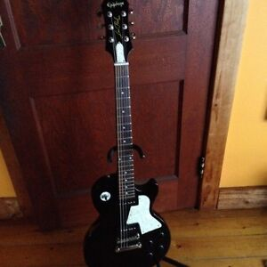 Limited Ed. Les Paul SC with set neck and P90s