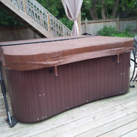Really Nice 6 Seater Hot Tub