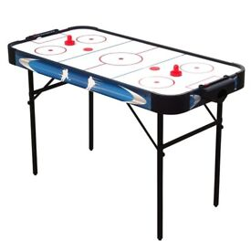 Childrens 4ft Air Hockey Gaming Table with full accessories