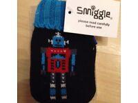 New Smiggle robot handwarmer