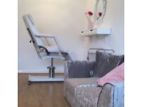 Nail table and lash chair to rent