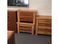 GOOD QUALITY BEDROOM FURNITURE - CHEST OF DRAWERS / BEDSIDE TABLES