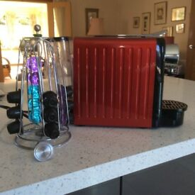 Coffee Maker , electric, with pods and holder