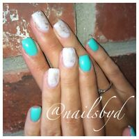 Gel nails ! Accepting new clients!