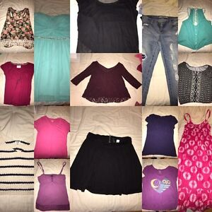 Bag of girls clothes sizes M-L!